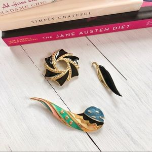 Jewelry - Trio of Golden Artsty Brooches Pins